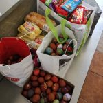 Uskrsni pokloni za korisnike Pučke kuhinje u Osijeku